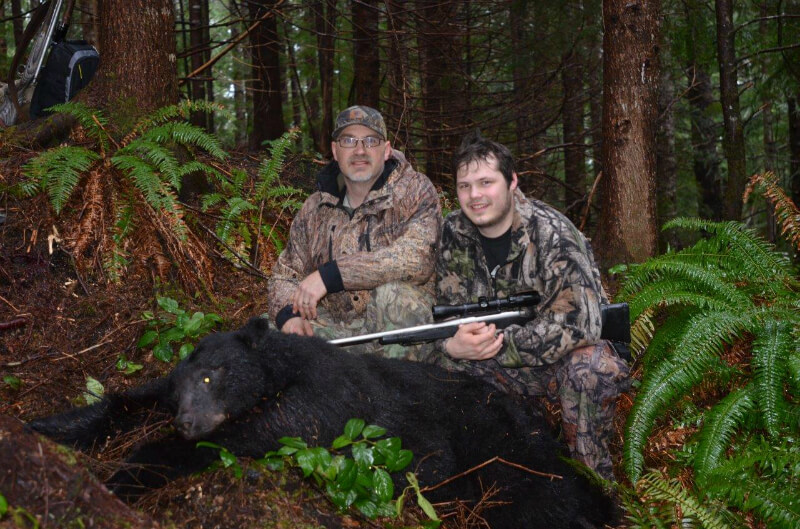 Bear hunt with the locals - Stillwater Sports